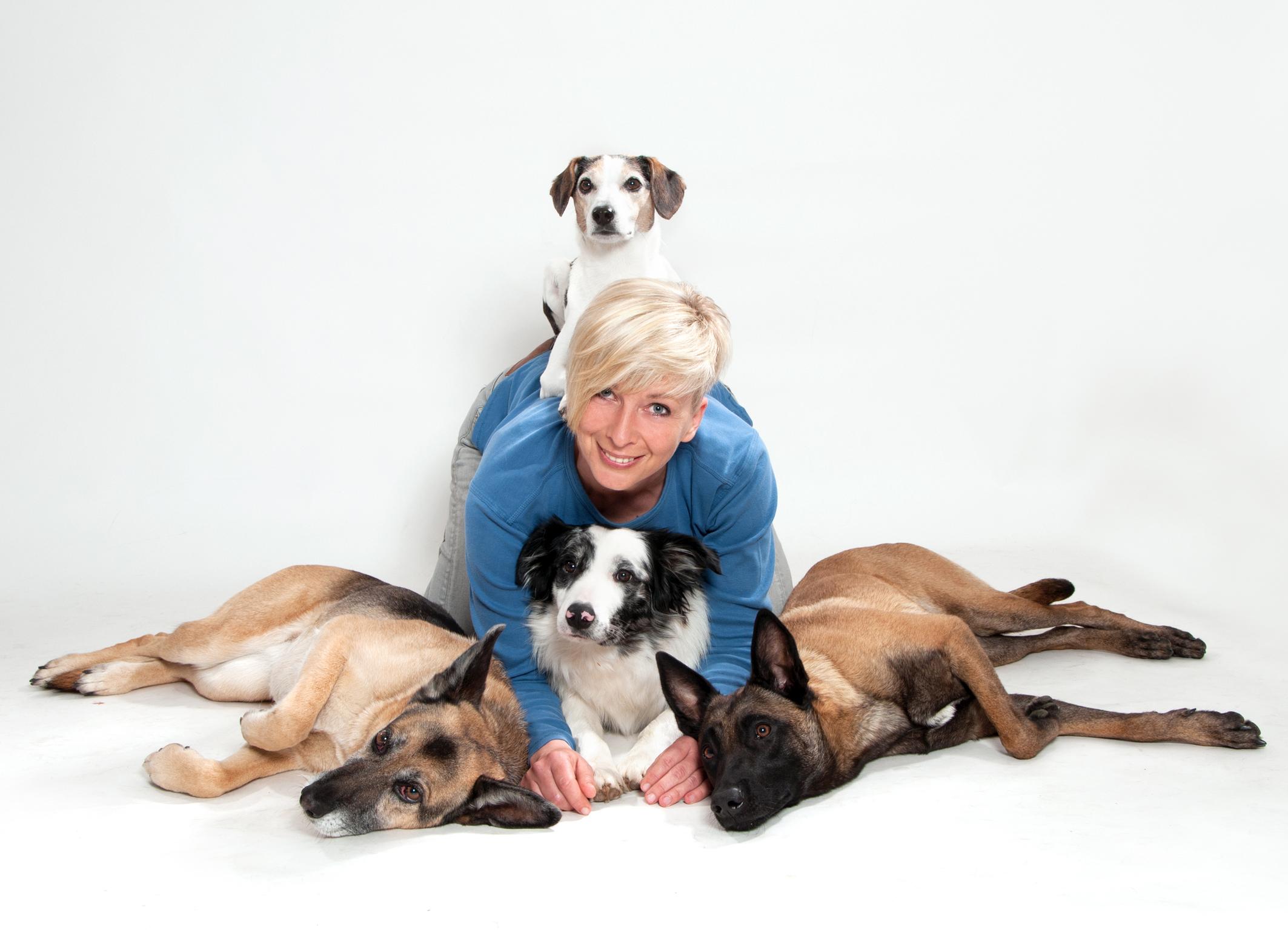 Susanne Bock, <p>Leitung der Hundeschule</p> <p>Leitung Kurse Welpen</p> <p>Junghunde, Alltag</p> <p>Sportler</p> <p>Einzelstunden</p>